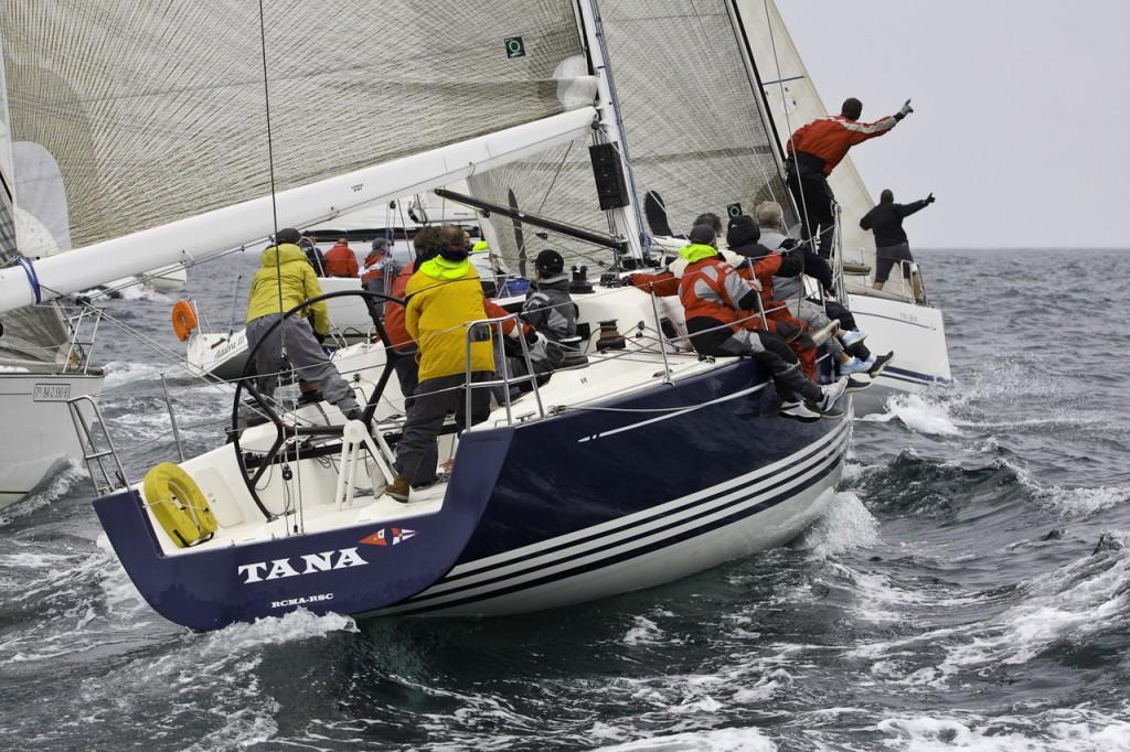 foto archivo tana_ganador en la clase A_IV trofeo social