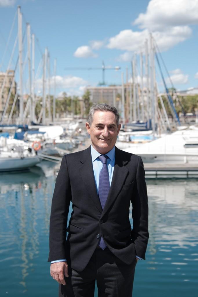 D. Félix Escalas presidente del RCNB