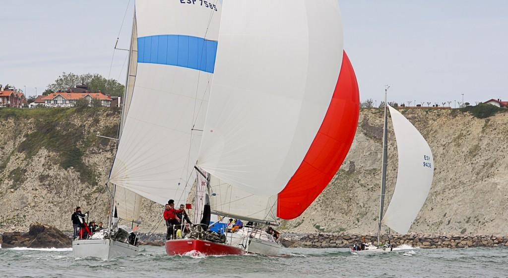 15 mayo foto regata en el abra